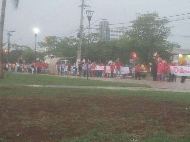 Manifestação é realizada nesté sábado (12) em Palmas (Foto: Ana Paula/TV Anhanguera)