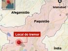 Forte terremoto causa mortes no Paquistão e cria ilha na costa do país