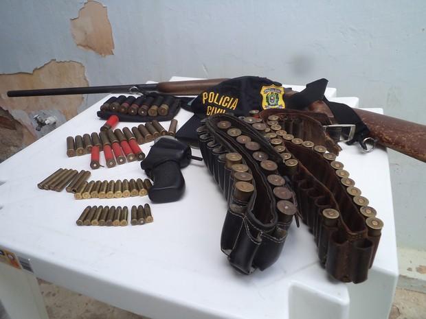 Material apreendido na Operação Laços de Sangue (Foto: Divulgação/ Polícia Civil)