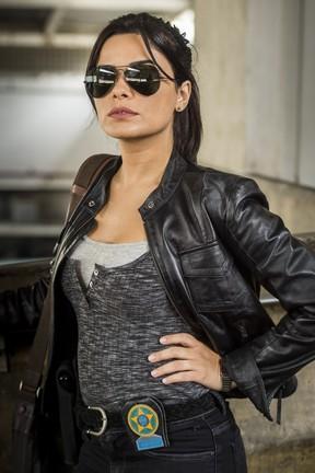 Vanessa Giácomo caracterizada como a policial Antônia da novela Pega Ladrão (Foto: Globo/Mauricio Fidalgo)