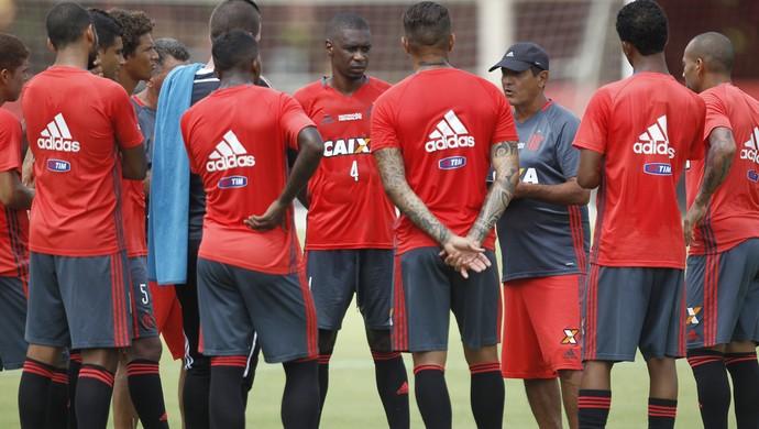 Muricy Ramalho treino Flamengo (Foto: Gilvan de Souza/Flamengo)