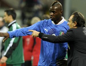 Balotelli Cesare Prandelli Itália (Foto: Getty Images)