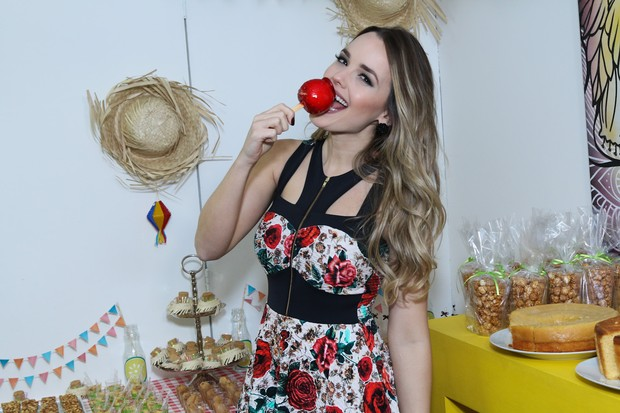 Thaeme em evento de moda (Foto: Danilo Carvalho e Thais Aline/ Agência Fio Condutor)