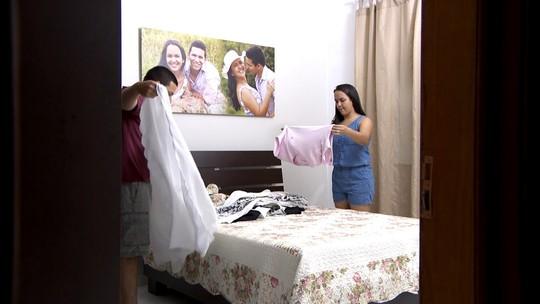Tô Indo exibe 3º capítulo de série 'Donos e donas de casa'; Mário também conhece mulher apaixonada por batom
