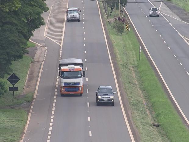 Rodovias da região de Itapetininga continuam com número alto de infrações (Foto: Reprodução/TVTEM)