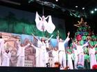 'Um Sonho de Natal' encanta público em show de luz, teatro e dança no AM