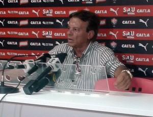 Sinval Vieira; Vitória (Foto: Ruan Melo)