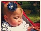 Debby Lagranha posta foto da filha e se derrete: 'Minha felicidade'
