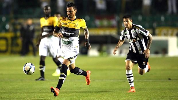 Fabio Ferreira, Figueirense X Criciúma  (Foto: Getty Images)