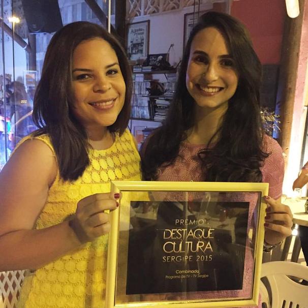 Cinthia Eleodoro (à esquerda) e Carolina Franco (à direita), diretora do Combinado e diretora do núcleo de entretenimento, respectivamente (Foto: Divulgação / TV Sergipe)