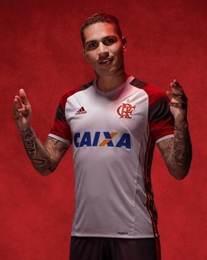 Nova camisa 2 Flamengo Guerrero (Foto: Divulgação)