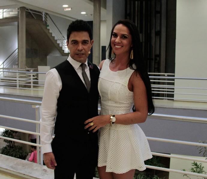 Zezé e Graciele Lacerda nos bastidores do 'Programa do Jô' (Foto: Marcos Mazini/Gshow)