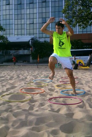 Atacante Osvaldo, do São Paulo, treina no Ceará  (Foto: Divulgação)