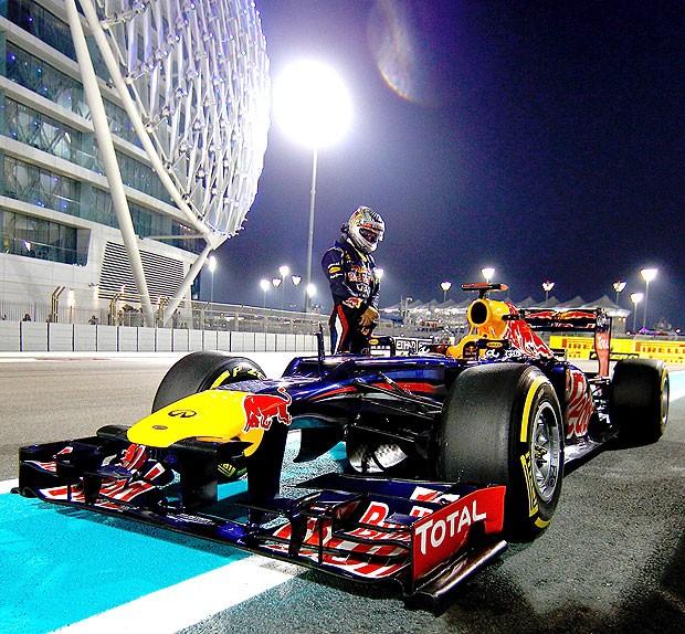 Vettel carro parado treino Abu Dhabi (Foto: Getty Images)