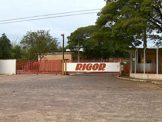 Rigor de Descalvado fecha e demite pelo menos 600 funcionários (Foto: Paulo Chiari/EPTV)