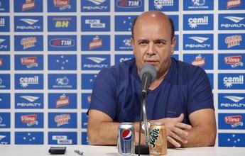 """""""A questão do novo camisa 10 virou psicose"""", afirma o gerente do Cruzeiro"""