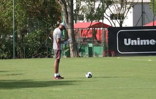 Dida em treino do Inter para curso de técnico (Foto: Eduardo Deconto / GloboEsporte.com)