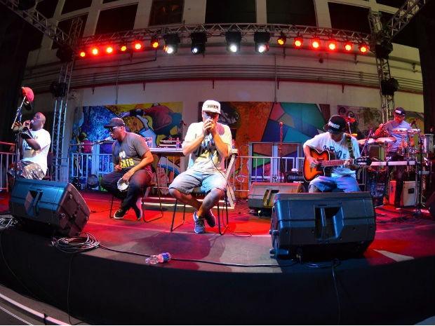 Inquérito lança o disco 'Corpo e Alma' em show em São Carlos (SP) (Foto: Marcio Salata)