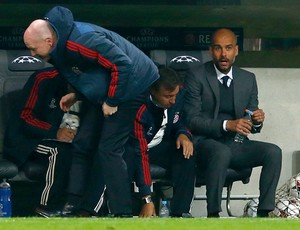 Guardiola jogo Bayern de Munique contra CSKA (Foto: Reuters)