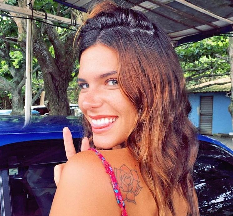 """Mari Goldfarb mantém a rotina fitness até na Costa Rica: """"malhando para poder comer pudim!"""" (Foto: Reprodução/Instagram)"""