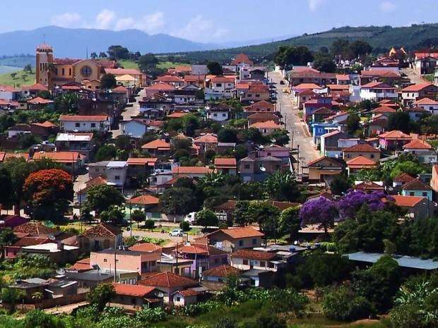 População de Jesuânia (MG) pediu que valor seja investido em outras áreas (Foto: Reprodução EPTV)