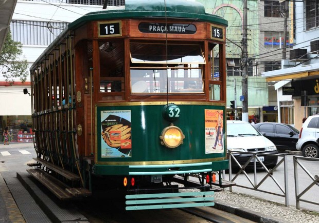 Santos' Historic 101-year-old Streetcar No. 32