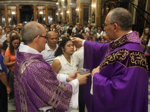 Arcebispo Metropolitano de Belém, Dom Alberto Taveira, durante Missa de Cinzas de 2012. (Foto: Cristino Martins/O Liberal)