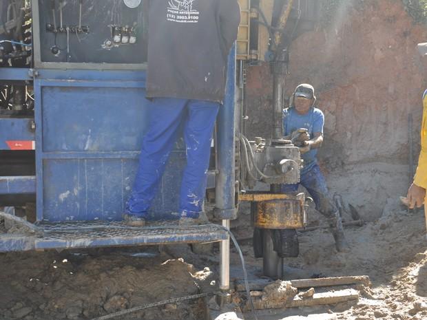 Trabalhos de perfuração de poços começaram em fevereiro. (Foto: Marcelo Arena/Prefeitura de Santa Isabel)