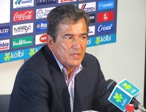 Jorge Luis Pinto técnico da Costa Rica (Foto: Divulgação / Fedefutbolcr.com)