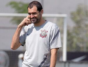 Danilo no treino do Corinthians (Foto: Daniel Augusto Jr. / Ag. Corinthians)
