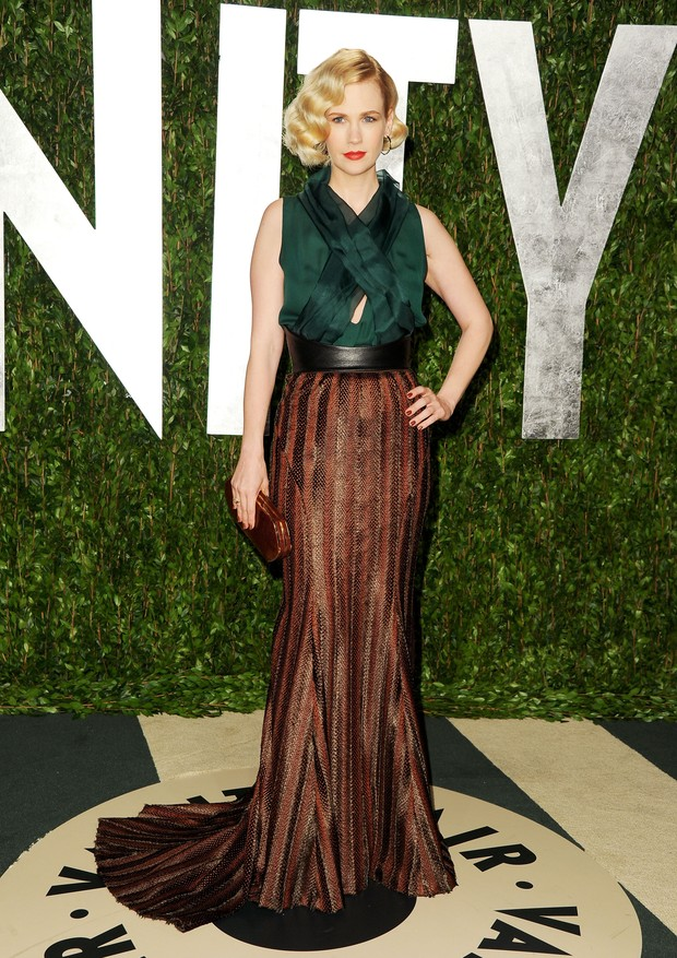 WEST HOLLYWOOD, CA - FEBRUARY 26:  Actress January Jones arrives at the 2012 Vanity Fair Oscar Party hosted by Graydon Carter at Sunset Tower on February 26, 2012 in West Hollywood, California.  (Photo by Pascal Le Segretain/Getty Images) (Foto: Getty Images)