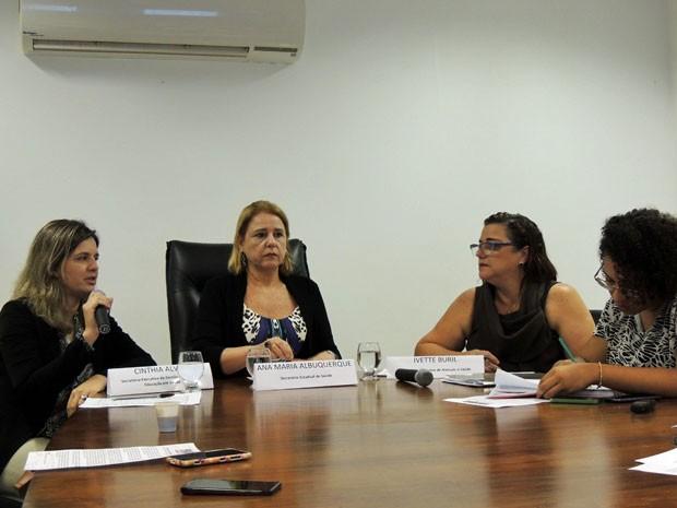 Secretaria de Saúde de Pernambuco realiza coletiva para anunciar contratação de 151 médicos. (Foto: Katherine Coutinho / G1)