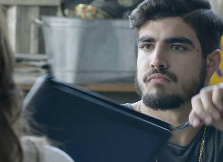 Grego revela a Ximena que é acionista da Pilartex