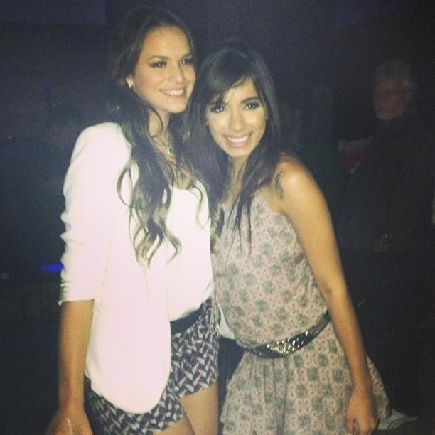 Bruna Marquezine e Anitta em festa (Foto: Instagram/ Reprodução)