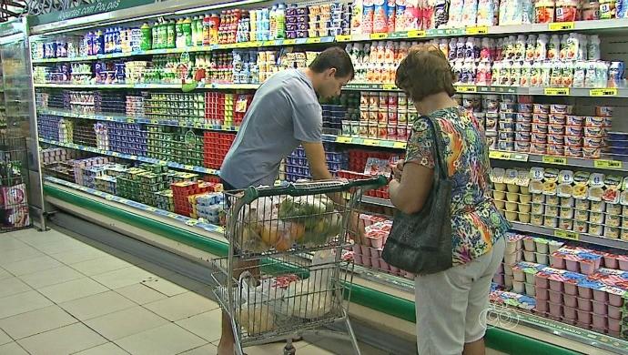 Subida no preço dos produtos nos supermercados é um dos efeitos da crise econômica no Brasil (Foto: Bom Dia Amazônia)