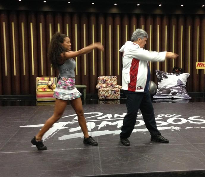 Sidney Magal está se superando e mandando bem no funk (Foto: Janaína Ornellas/Gshow)