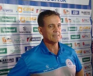 Paulo Roberto Santos técnico do São Bento (Foto: Guilherme Giavoni)