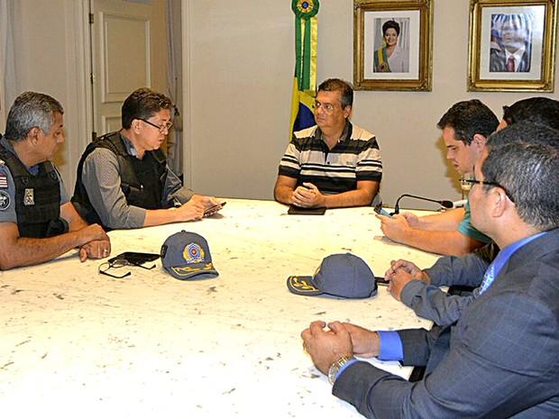 Cúpula da Segurança Pública se reuniu na madrugada (Foto: Reprodução/Twitter/Flávio Dino)