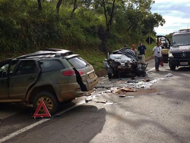 Investigadora morre em acidente na BR-262 em Ibiá (Foto: Ascom 2ª DRPC Araxá/Divulgação)