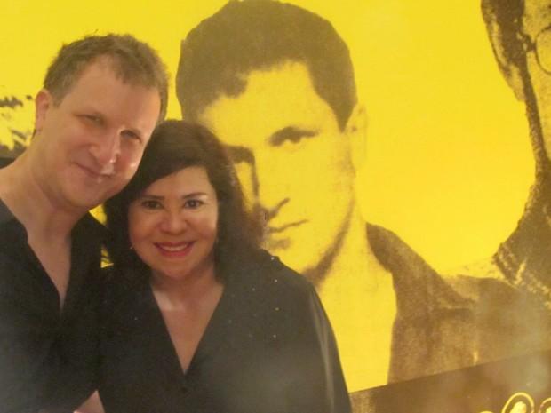 O músico e produto Philippe Seabra, ex- Plebe Rude, e Carmen Tersa Manfredini, irmã de Renato Russo. (Foto: Jamila Tavares/G1)