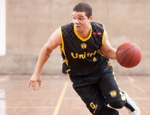 Luan Pereira, armador do basquete de Uberlândia (Foto: Allan Conti/LNB)