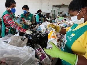 Programa Cata Mais projeta atender cerca de 2.800 catadores de resíduos em toda Alagoas (Foto: Divulgação/Secom)