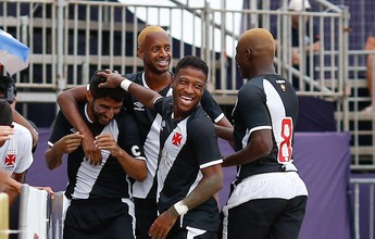 Com visual novo, Vasco vence mais uma e segue invicto na Libertadores
