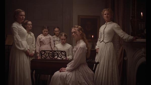 Nicole Kidman, Elle Fanning e Kirsten Dunst em cena de O Enganado (Foto: Reprodução)