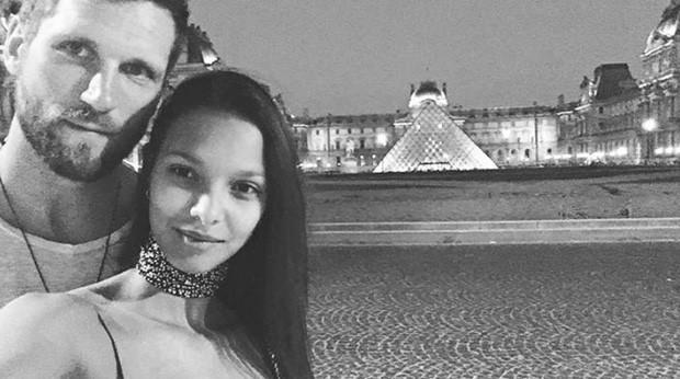 Jared Homan postou foto romântica com Lais Ribeiro para parabenizar a amada (Foto: Reprodução/Instagram)