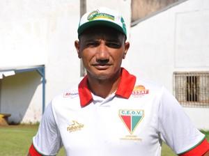Vandinho, técnico do CEOV (Foto: Christian Guimarães)