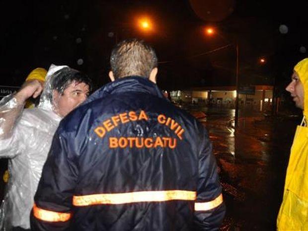 No total, a Defesa Civil atendeu a 249 chamados (Foto: Cesar Culiche / Divulgação)