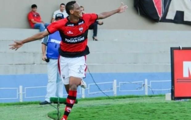 Marcão, atacante do Atlético-GO (Foto: Joelton Godoy / Atlético-GO)