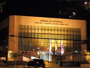 Fórum do Centro de Petrópolis (Foto: Alan Pacheco)