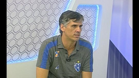 """Serra pede paciência com Chamusca e revela """"sacrifício"""" por obra no CT"""